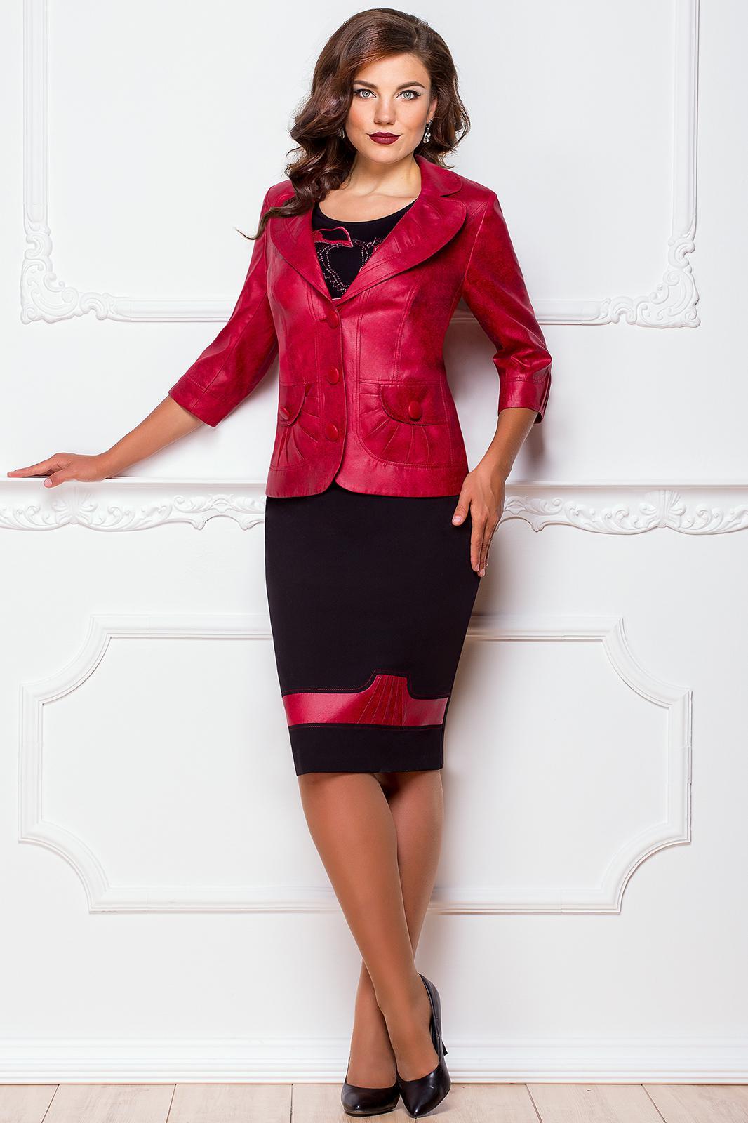 Купить костюм женский с вышивкой